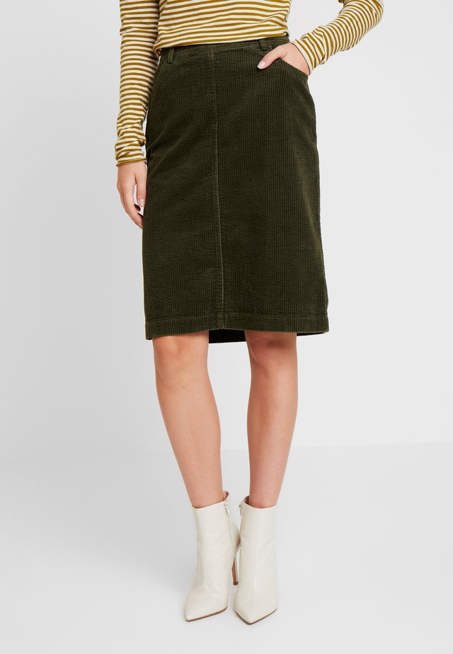 SKIRT PENCIL STYLE - Pencil skirt - farmland green