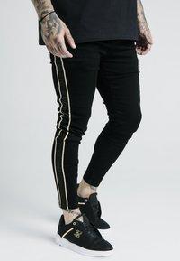 SIKSILK - DANI ALVES ROPE - Slim fit jeans - black - 0