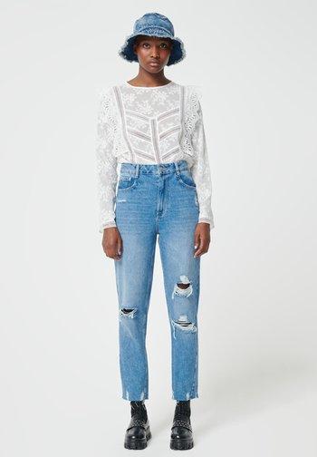 MOM FIT JEAN - Straight leg jeans - denimblau