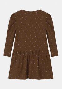 Name it - NMFDAISIA - Robe en jersey - brown - 1