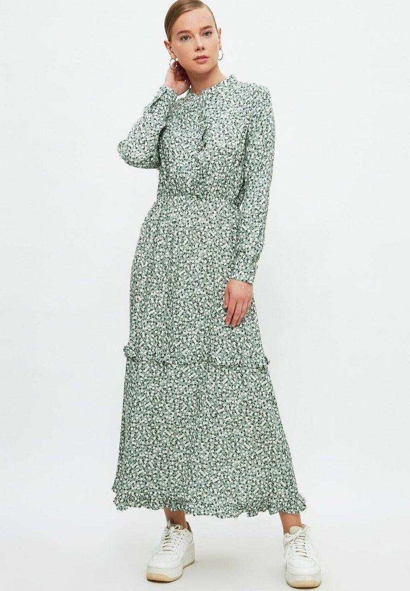 Trendyol - Maxi dress - green