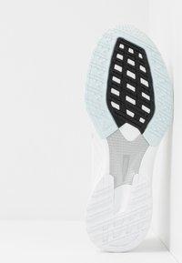 adidas Performance - ADIZERO RC 2 - Chaussures de running neutres - footwear white/silver metallic/sky tint - 4