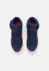Converse - PRO BLAZE STRAP SUMMER COLOR UNISEX - Sneakers high - midnight navy/bright poppy/white - 3