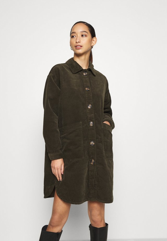 JDYTORY WORKER - Classic coat - forest night