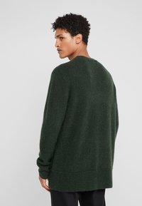 Bruuns Bazaar - CHRIS CREW NECK - Jumper - sage green - 2