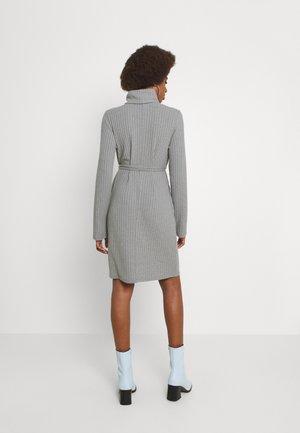 VIELITA HIGH NECK DRESS - Gebreide jurk - light grey