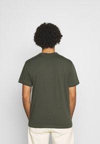 Calvin Klein Jeans - ACID WASH TEE - T-shirt basic - deep depths - 2