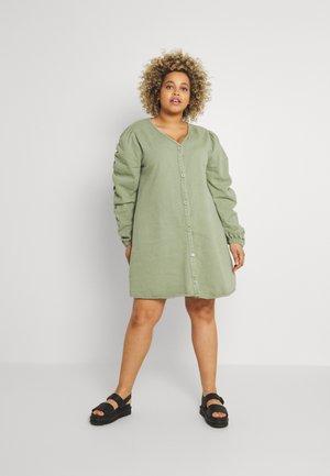 V NECK BUTTON UP DRESS - Denní šaty - green