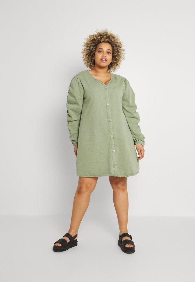 V NECK BUTTON UP DRESS - Day dress - green