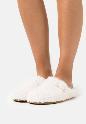 Slippers - other white