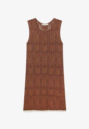Stickad klänning - brown