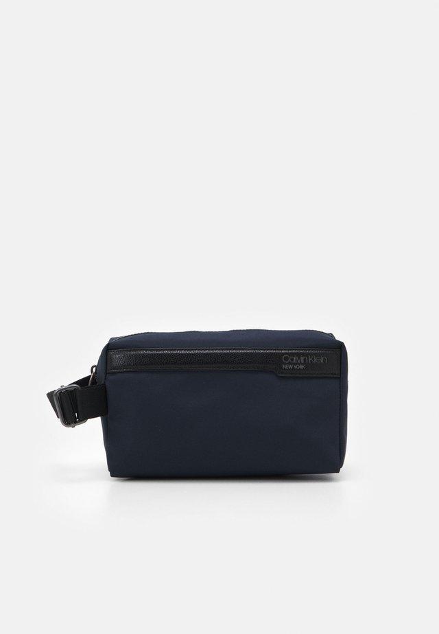 WASHBAG - Kosmetická taška - blue