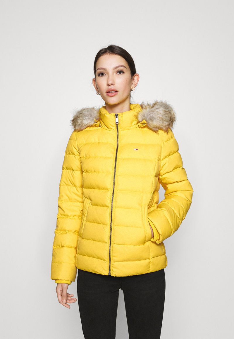 Tommy Jeans - BASIC HOODED JACKET - Down jacket - yellow
