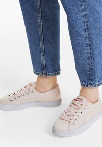Puma - LOVE - Sneaker low - rosewater - 0