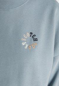Scotch & Soda - LOOSE FIT CREW NECK - Sweatshirt - french blue - 5