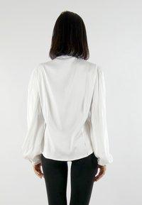 Aline Celi - MARI - Button-down blouse - white - 1