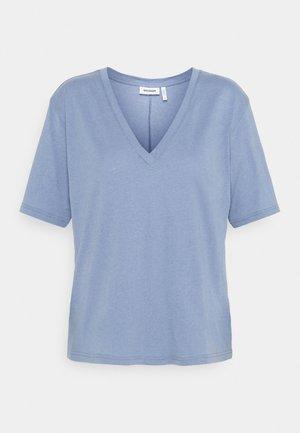 LAST V NECK - Jednoduché triko - blue/grey