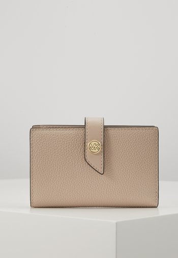 CHARM WALLET - Wallet - soft pink