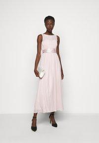 Dorothy Perkins Tall - NATALIE - Společenské šaty - blush - 1