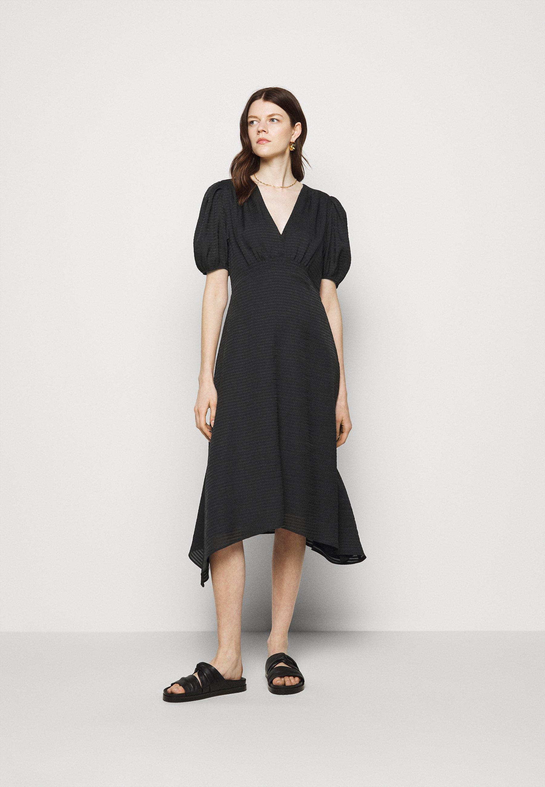 Women V NECK PUFF - Cocktail dress / Party dress