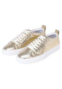M. Moustache - BRIGIT - Sneakers laag - gold - 1