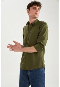 DeFacto - Formal shirt - khaki - 3