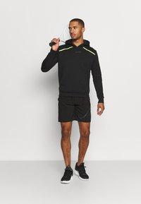 Endless - SUDADERA RUSH - Sweatshirt - black/yellow - 1