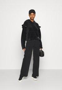 adidas Originals - HOODIE - Sweat à capuche - black - 1