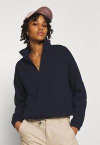 Vero Moda - VMNATALIE HIGHNECK ZIP  - Sweatshirt - night sky - 3