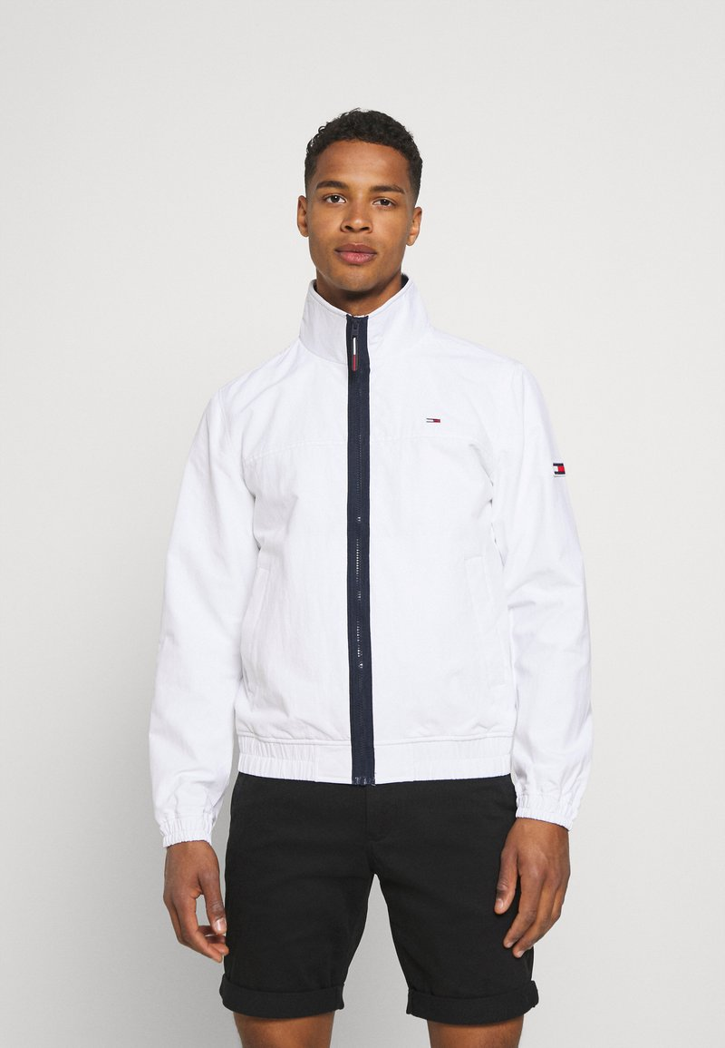 Tommy Jeans - ESSENTIAL CASUAL  - Summer jacket - white
