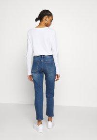 Vila - VISOMMER - Straight leg jeans - medium blue denim - 2