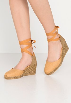 CARINA  - Wedge sandals - camel
