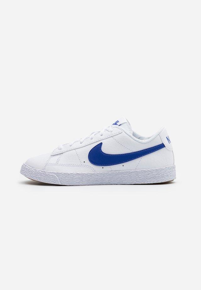 BLAZER  - Baskets basses - white/astronomy blue