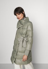 MAX&Co. - CENTRALE - Down coat - khaki green - 3
