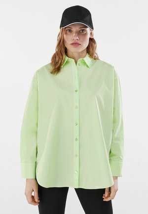 OVERSIZED - Košile - green