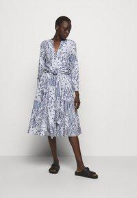 MAX&Co. - BANDOLO - Sukienka letnia - navy blue - 1