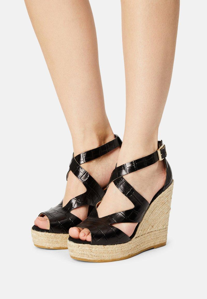 Kanna - SOFIA - Platform sandals - schwarz