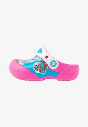 FUN LAB PAW PATROL - Sandály do bazénu - electric pink