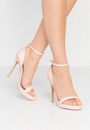 CRESSIDA - Sandaler med høye hæler - nude