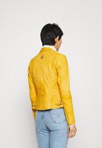 Freaky Nation - BIKER PRINCESS - Leather jacket - halo yellow - 2
