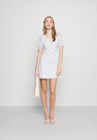 Fashion Union - POSITANO DRESS - Kjole - white - 1