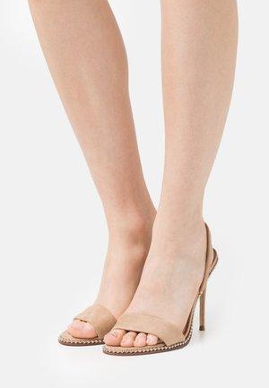 GLAMMER - Sandals - nude