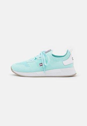 TECHNICAL FLEXI RUNNER - Sneakers laag - light chlorine blue