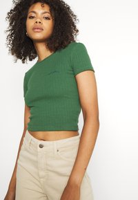 BDG Urban Outfitters - BABY TEE - T-shirts - dark green - 3