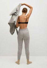 Mango - GEGANT - Pantaloni sportivi - gris - 2