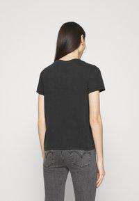 Monki - JOLIN  - Basic T-shirt - black dark running - 2