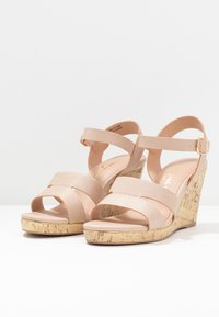 New Look Wide Fit - WIDE FIT POSSUM WEDGE - High heeled sandals - oatmeal - 4