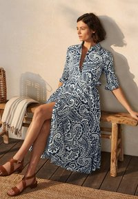 Boden - Shirt dress - dunkles petrolblau, sommerliches paisleymuster - 2