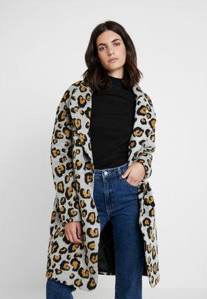 LARROSA - Classic coat - honey