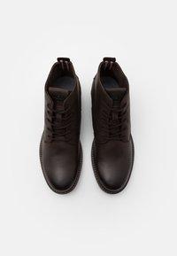 Jack & Jones - JFWORCA  - Šněrovací kotníkové boty - stone - 3